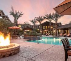 One North Scottsdale
